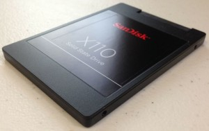 Bild einer SSD - Festplatte (SanDisk X110)